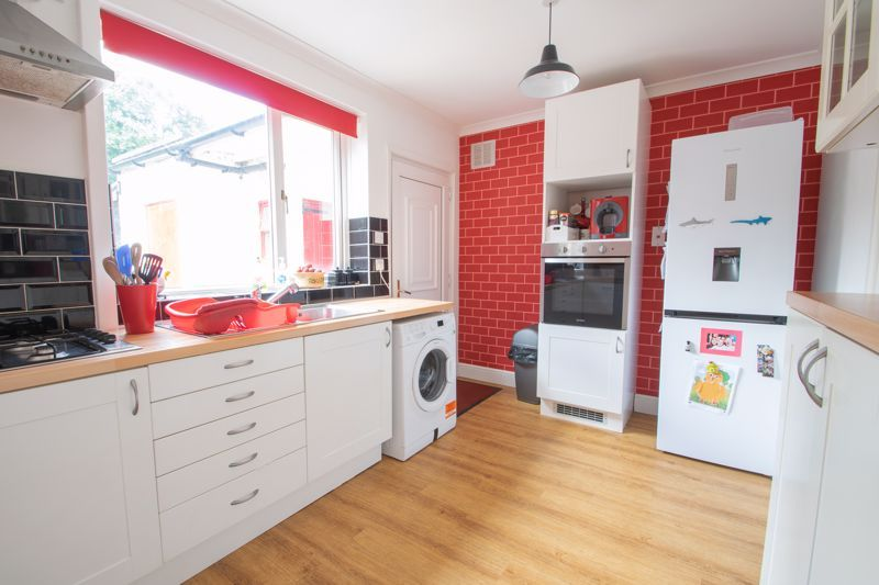 3 bed house for sale in Caslon Crescent 3