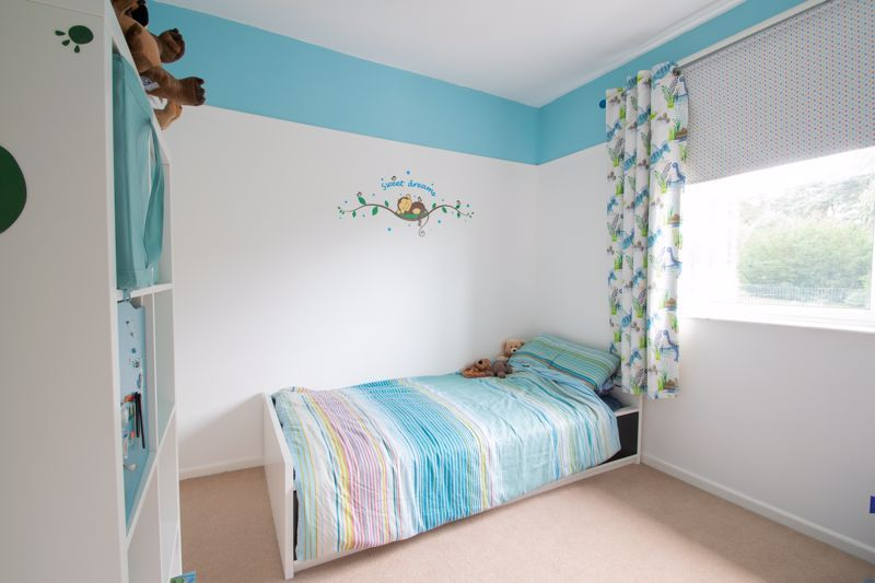 3 bed house for sale in Caslon Crescent 7