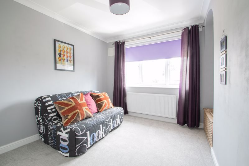 3 bed house for sale in Caslon Crescent 8