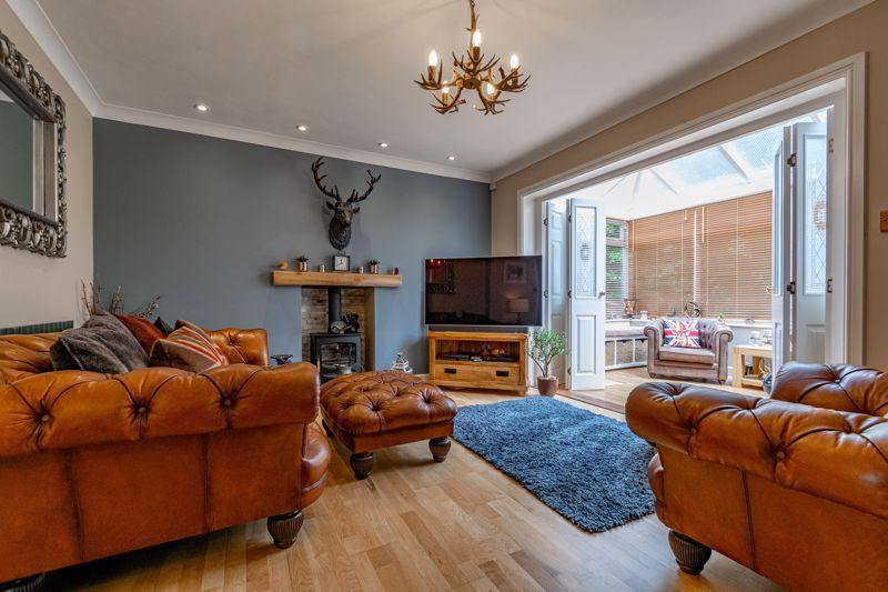 4 bed house for sale in Moorcroft Gardens 20