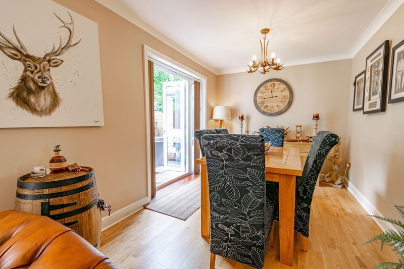 4 bed house for sale in Moorcroft Gardens  - Property Image 3