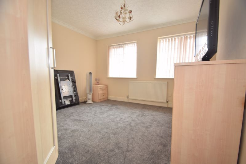 3 bed house to rent in Jenny Close  - Property Image 13