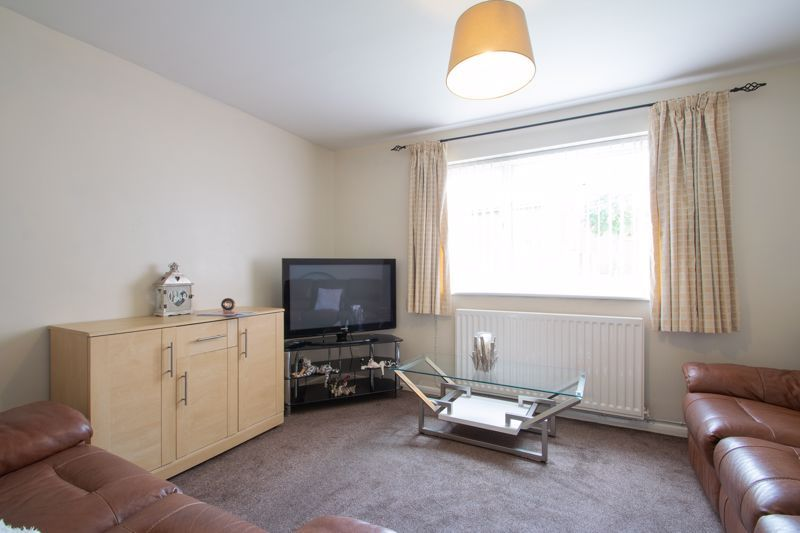 1 bed flat for sale in New Pool Road 2