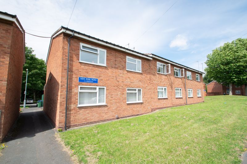1 bed flat for sale in New Pool Road  - Property Image 13