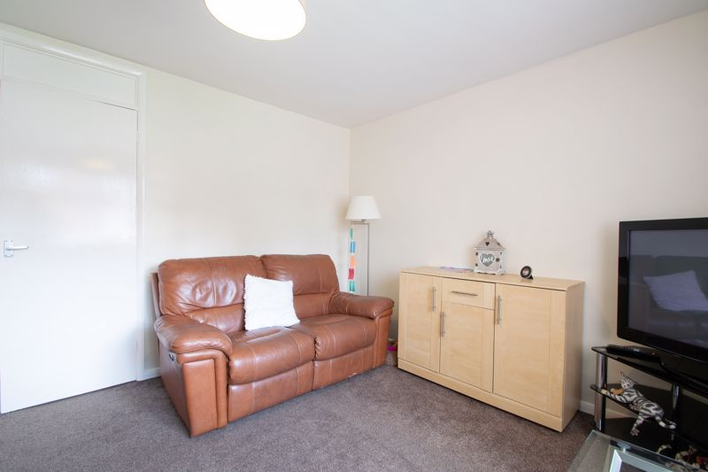 1 bed flat for sale in New Pool Road 4