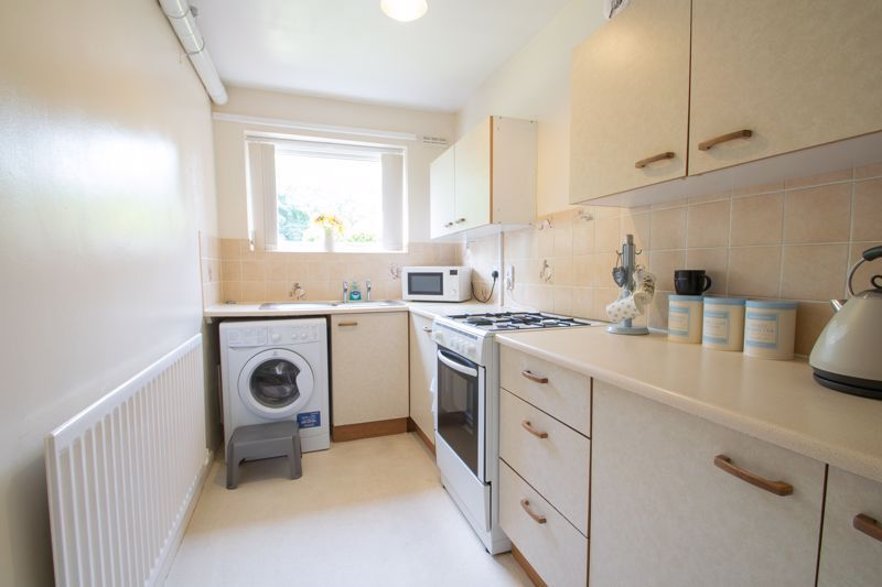 1 bed flat for sale in New Pool Road 5