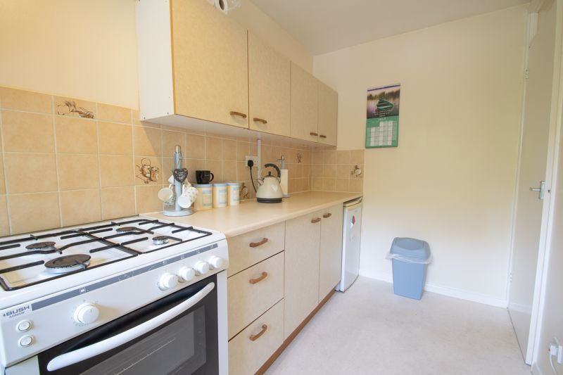 1 bed flat for sale in New Pool Road 6