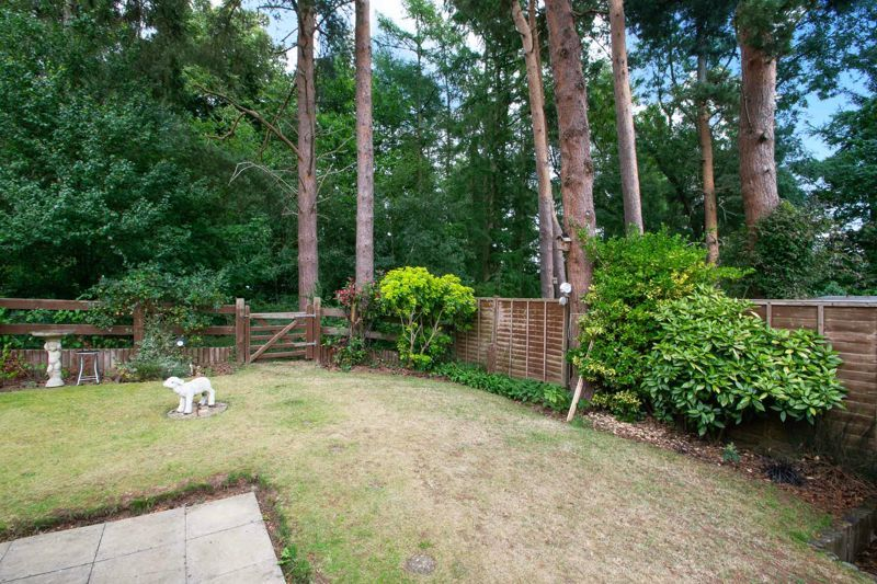 2 bed bungalow for sale in Lords Lane  - Property Image 11