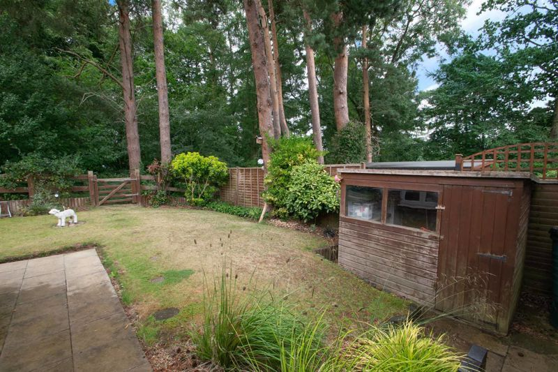 2 bed bungalow for sale in Lords Lane  - Property Image 14