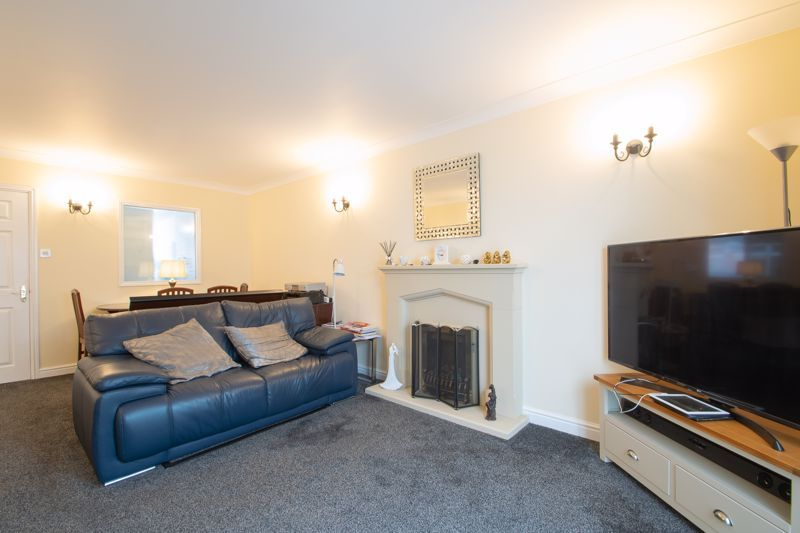 2 bed bungalow for sale in Lords Lane 15