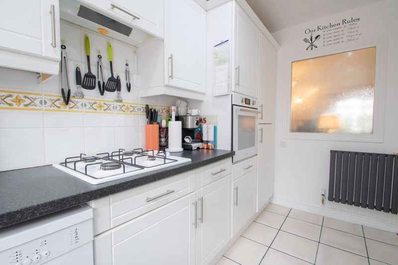 2 bed bungalow for sale in Lords Lane  - Property Image 16