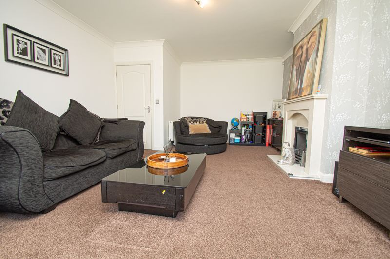 4 bed house for sale in Hagley Road 4