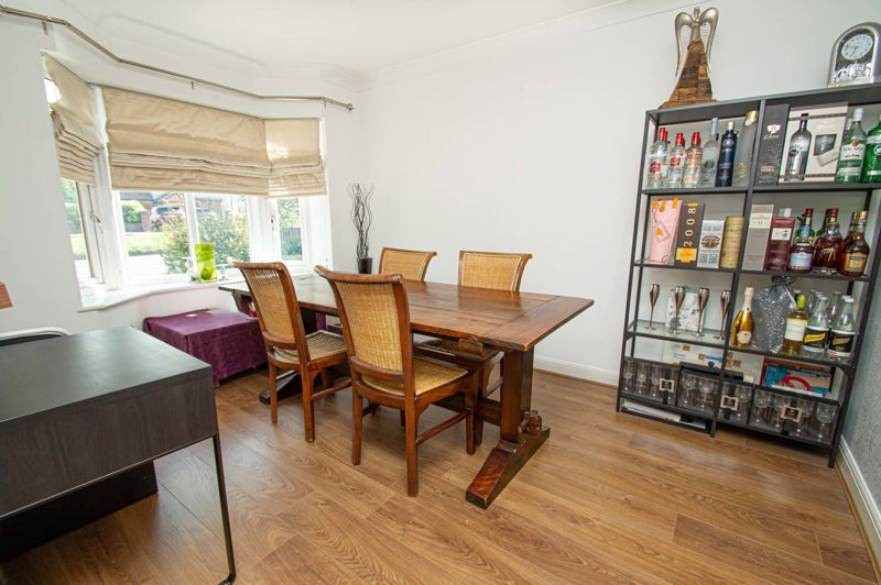 4 bed house for sale in Hagley Road 8
