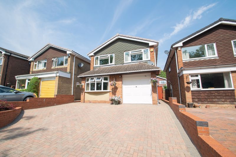 4 bed house for sale in Broadway Avenue  - Property Image 1