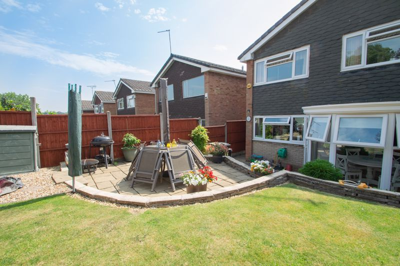 4 bed house for sale in Broadway Avenue  - Property Image 18