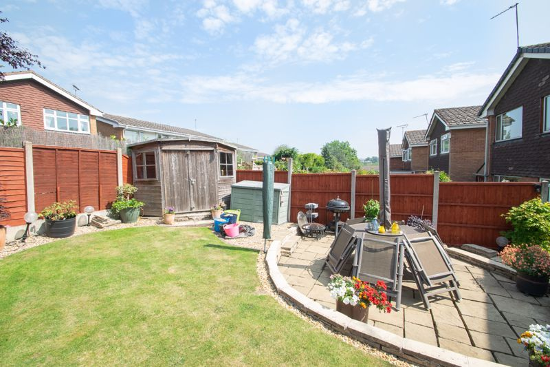 4 bed house for sale in Broadway Avenue  - Property Image 19