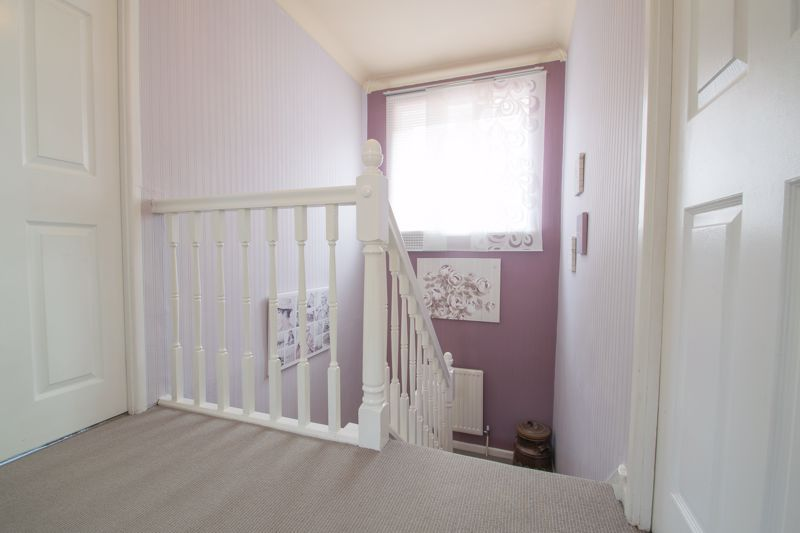 4 bed house for sale in Broadway Avenue 7