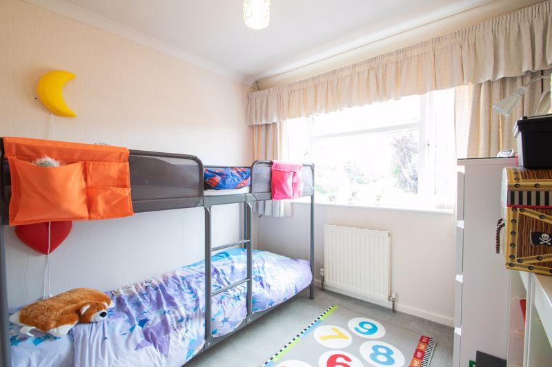 4 bed house for sale in Broadway Avenue 10