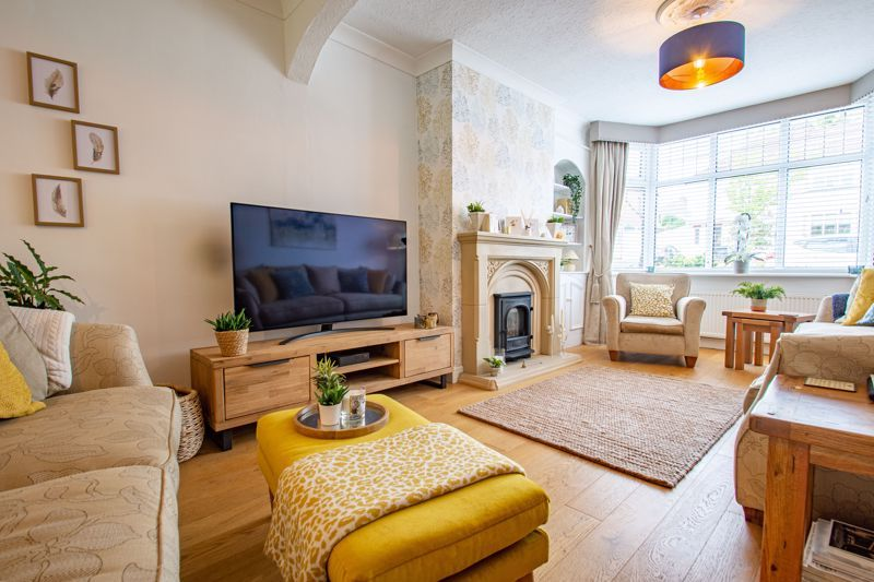 3 bed house for sale in West Park Avenue  - Property Image 2