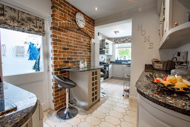 3 bed house for sale in West Park Avenue  - Property Image 5