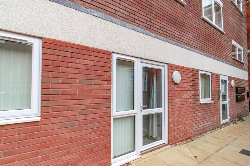 1 bed flat for sale in Herbert Street  - Property Image 2