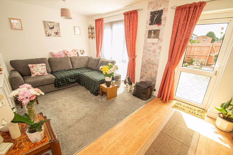 3 bed house for sale in Bushley Close  - Property Image 3