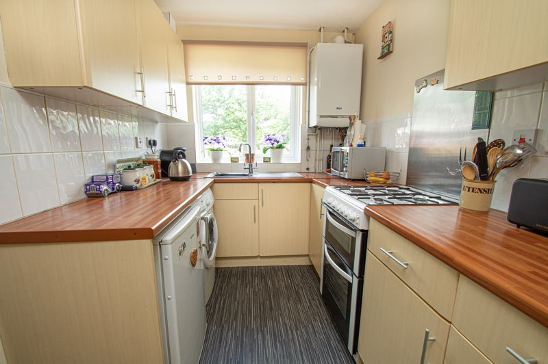 3 bed house for sale in Bushley Close  - Property Image 6