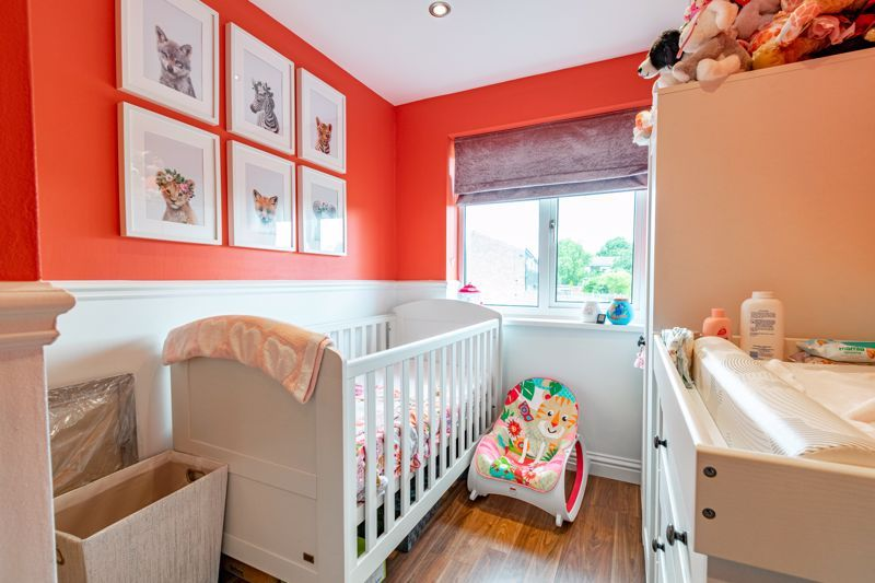 3 bed house for sale in Green Lane 10