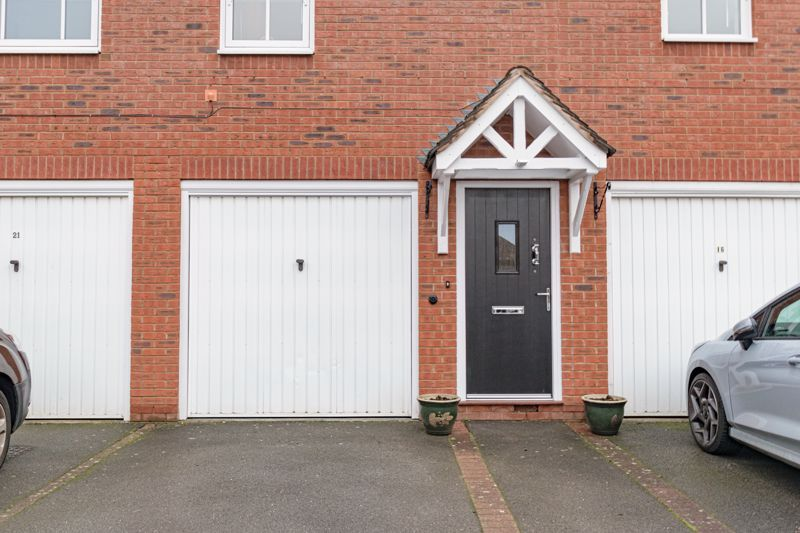 2 bed house for sale in Railway Walk 2