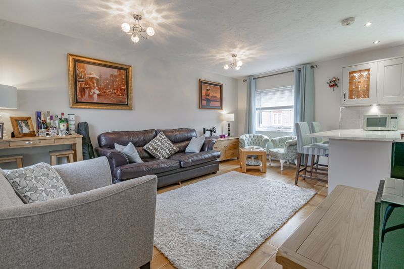 2 bed house for sale in Railway Walk  - Property Image 3