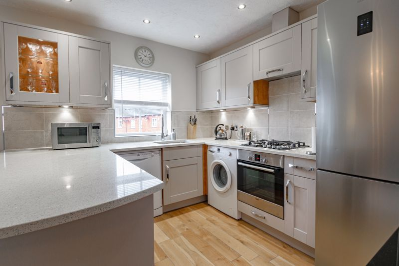 2 bed house for sale in Railway Walk 5