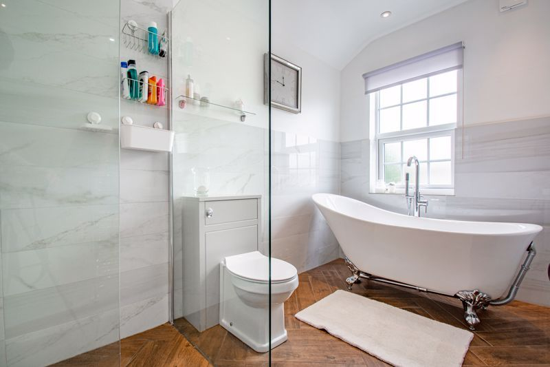 2 bed house for sale in Brook Road  - Property Image 11