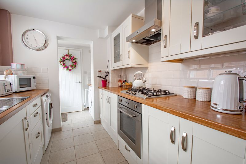 2 bed house for sale in Brook Road  - Property Image 19