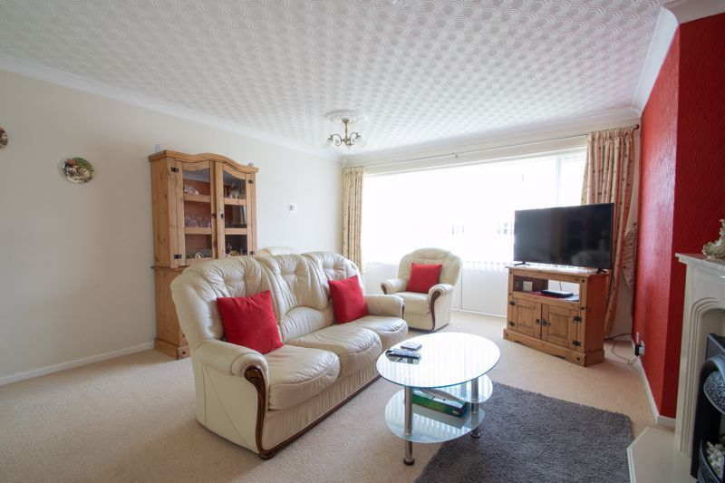 2 bed flat for sale in Abberton Close  - Property Image 2