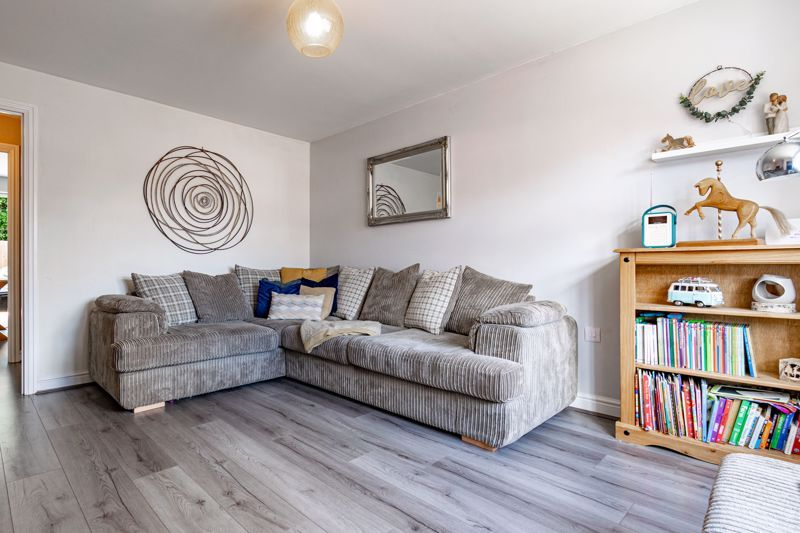 3 bed  for sale in Turntable Avenue  - Property Image 3