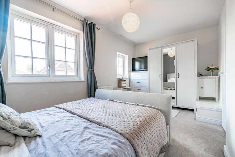 3 bed  for sale in Turntable Avenue  - Property Image 8