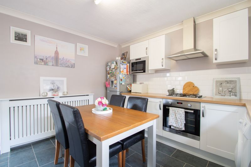 3 bed house for sale in Long Innage 5