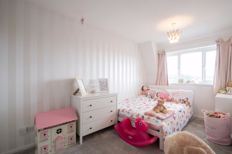 3 bed house for sale in Long Innage 8