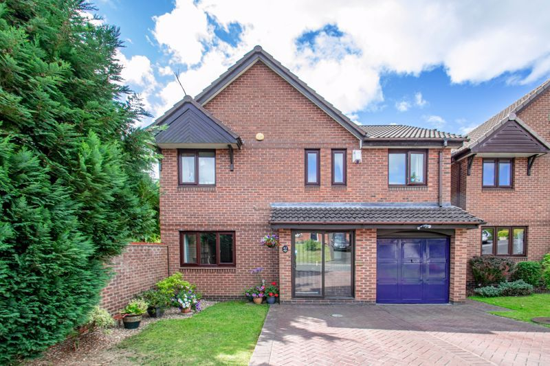 5 bed house for sale in Longfellow Close 1
