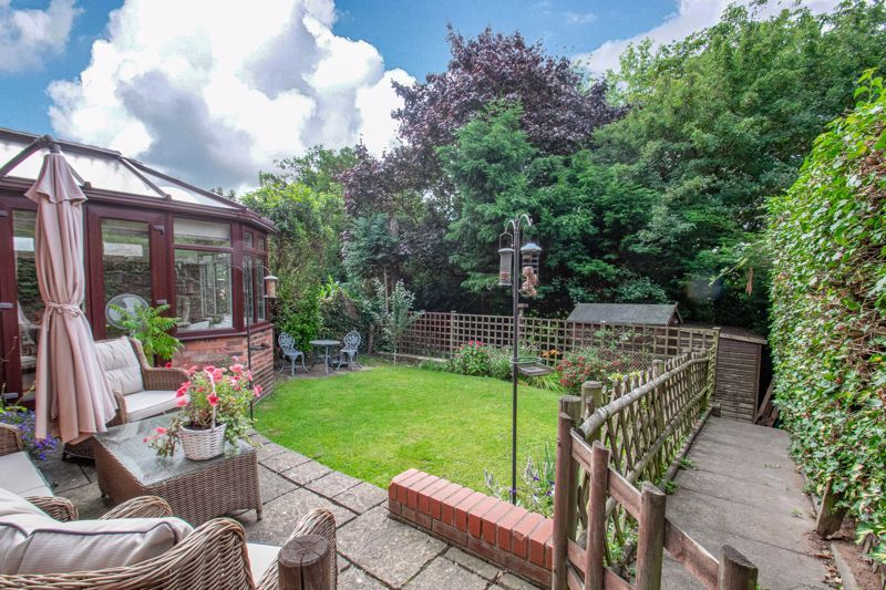 5 bed house for sale in Longfellow Close 13
