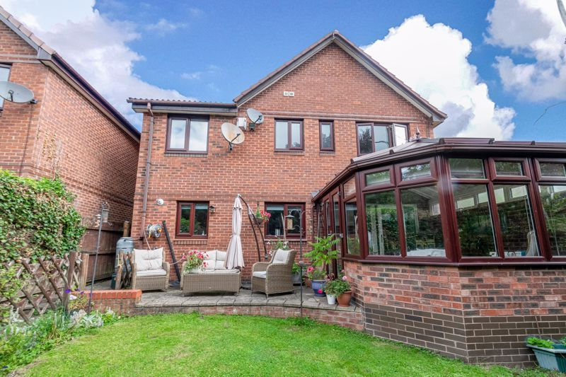 5 bed house for sale in Longfellow Close 14