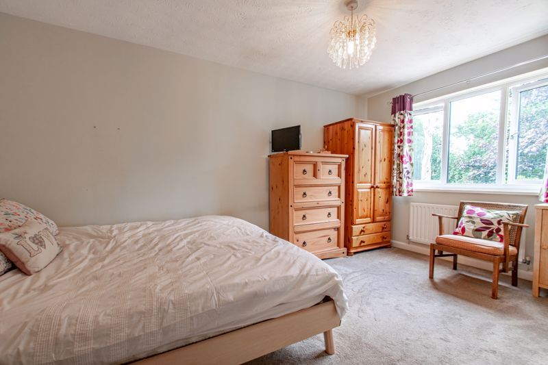 5 bed house for sale in Longfellow Close 7
