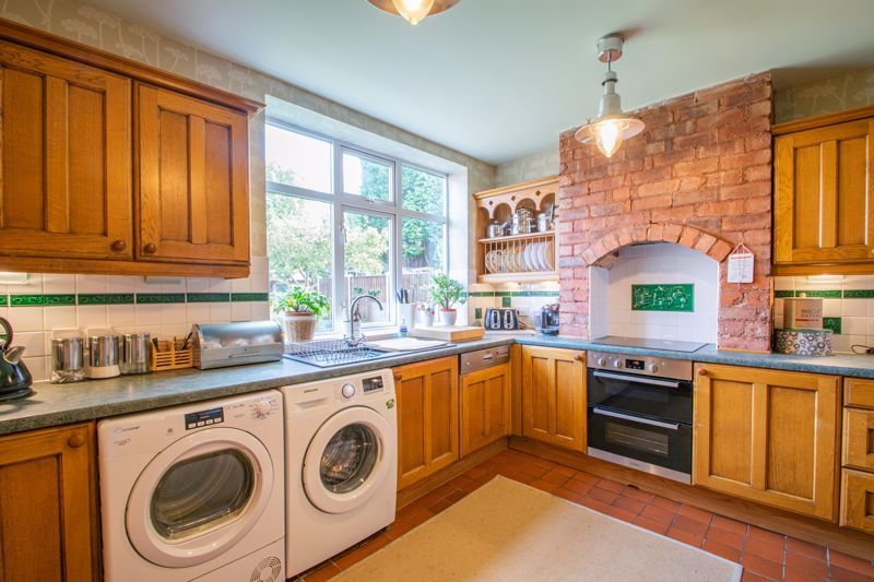 3 bed house for sale in High Haden Road 6