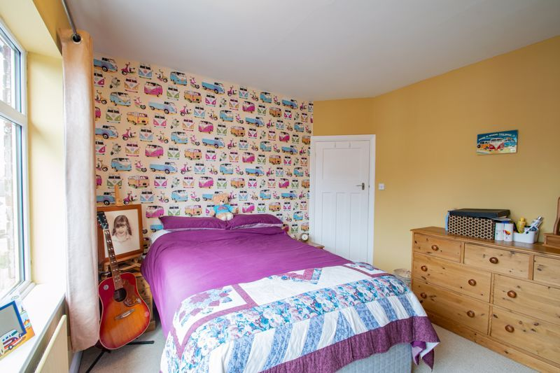3 bed house for sale in High Haden Road  - Property Image 9
