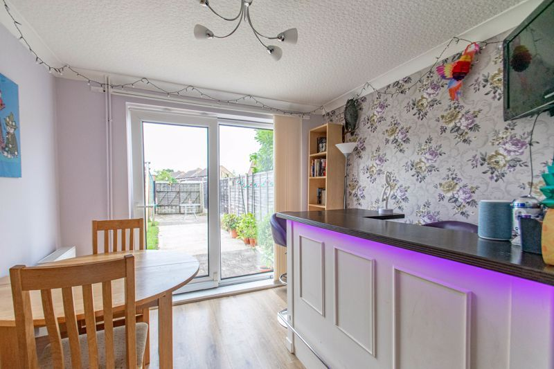 3 bed house for sale in Toms Town Lane  - Property Image 5