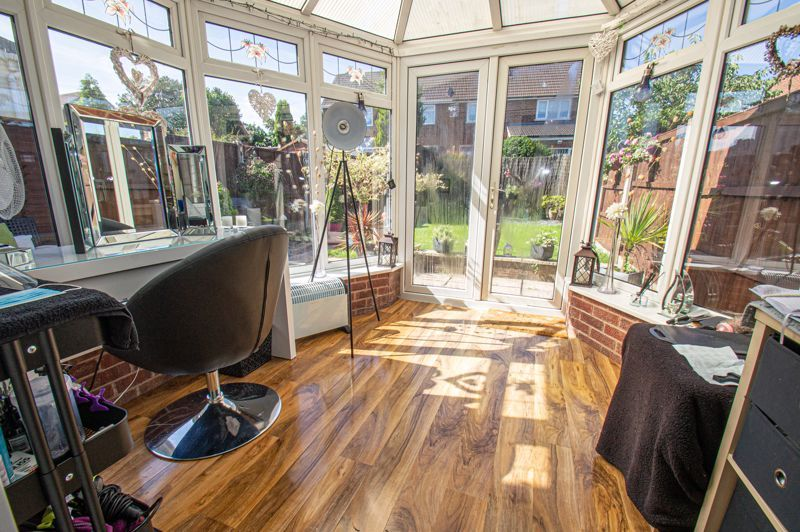 4 bed house for sale in Swan Crescent  - Property Image 8