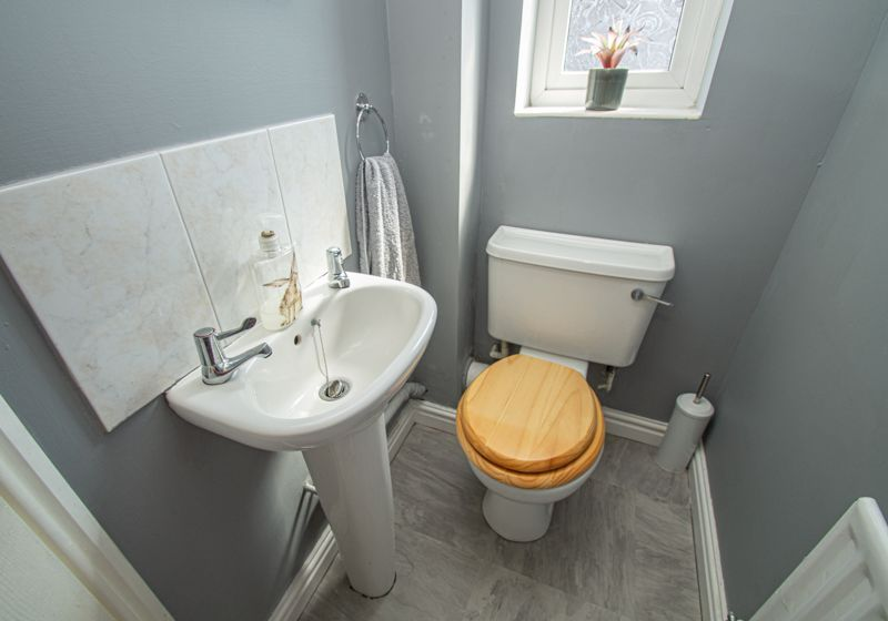 3 bed house for sale in Pear Tree Drive  - Property Image 7