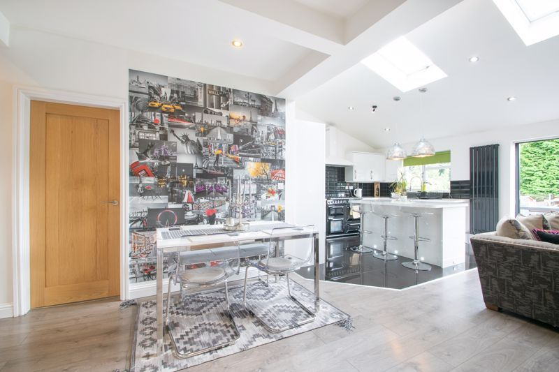 3 bed house for sale in Woodland Road  - Property Image 7