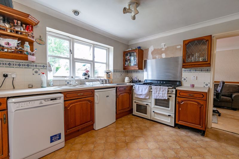 4 bed house for sale in Alcester Road  - Property Image 6