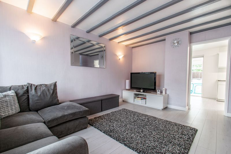 3 bed house for sale in Maisemore Close  - Property Image 3